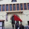Al Mercat Municipal d'Amposta oneja la bandera roja