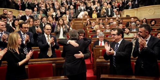Davant la investidura de Carles Puigdemont com a nou President de la Generalitat