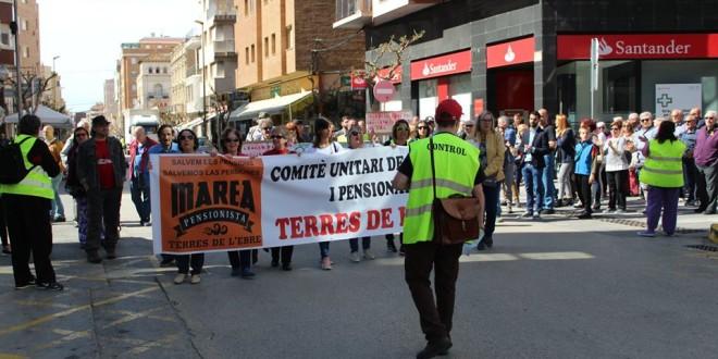 Manifestació per les pensions públiques a Amposta