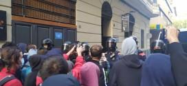 Crònica del desnonament al carrer Alcalde Fuster de Lleida